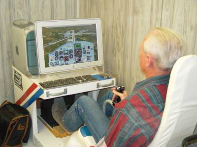 Pilot Training on Simulator Powered by X-Plane